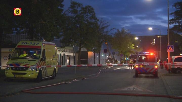 In Breda heeft vanochtend een grote brand gewoed in winkelcentrum De Burcht