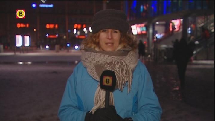 Reizigers hebben maandagochtend last van sneeuw
