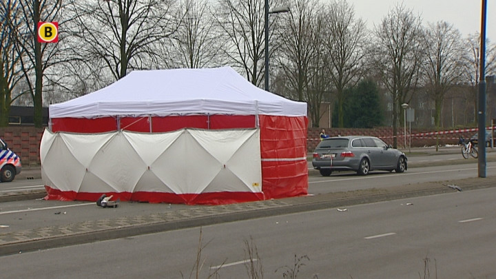 Vrouw (18) dood na aanrijding met politiewagen in Eindhoven