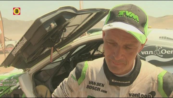 Erik van Loon legt uit hoe zijn wagen met pijn en moeite de finish van etappe 12 in Le Dakar moest bereiken.