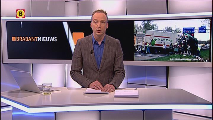 Dode en gewonden door botsing vrachtwagens, grote ravage op A67