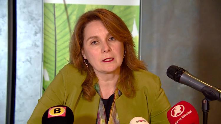 Persconferentie Marieke Moorman na bijeenkomst Heesch: 'Azc wordt niet opgedrongen'