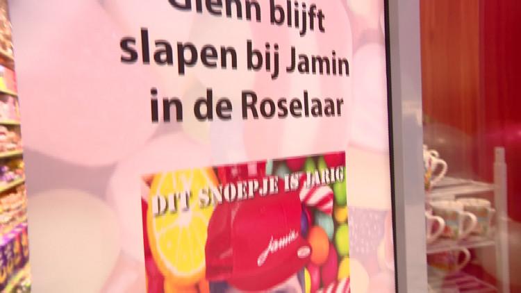 Jongensdroom komt uit: nachtje slapen in een snoepwinkel in Roosendaal