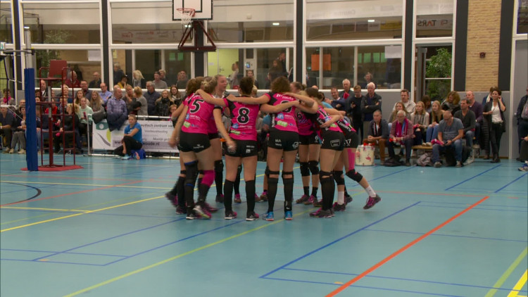 Volleybalsters uit Sint-Anthonis blijven stunten