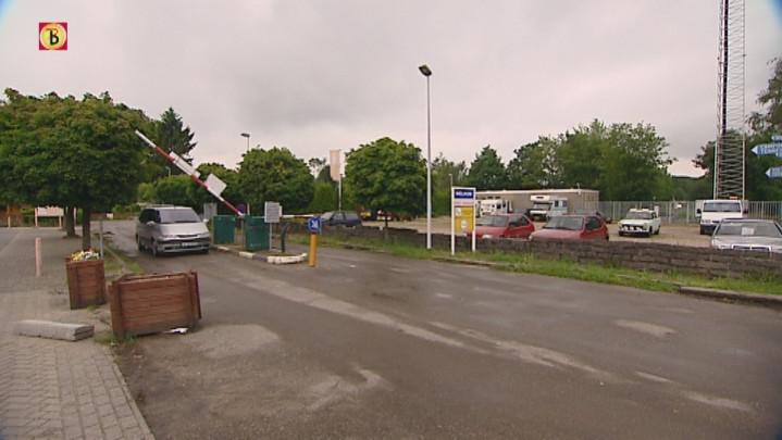 Burgemeester en eigenaar over camping Fort Oranje'