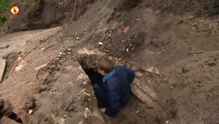 Bouwvakkers vinden ondergrondse gang uit 1703 omroep brabant - Decoreer een gang ingang ...