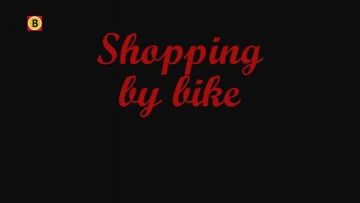 Mark Wagenbuur filmt fietsen