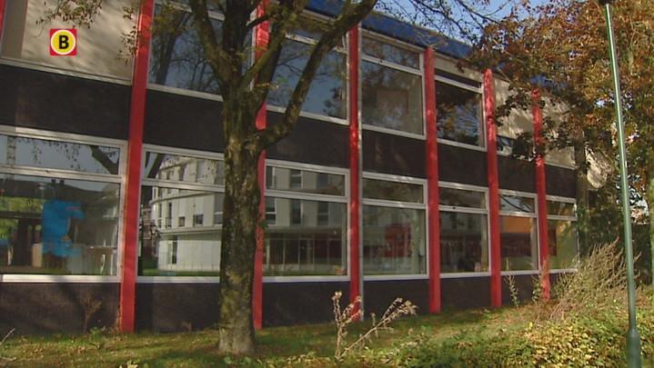Basisschool in berlicum wil afgebrande basisschool de for Meubilair basisschool