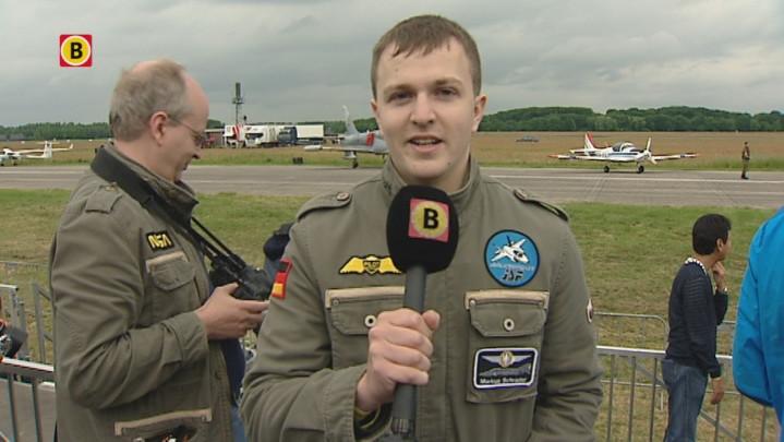 400 spotters bekijken shows op vliegbasis Volkel