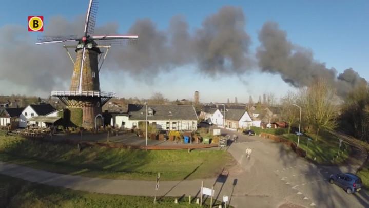 Spectculaire luchtbeelden van brand in Vlijmen (beelden: Fly4Cam)