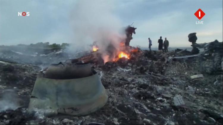 Beelden van vliegramp Malaysia Airlines in Oekraïne