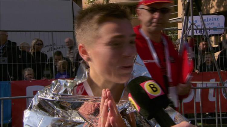 'Dit had ik echt, echt, echt niet verwacht', Els Rens wint vrouwenwedstrijd marathon Eindhoven bij rentree na blessureleed