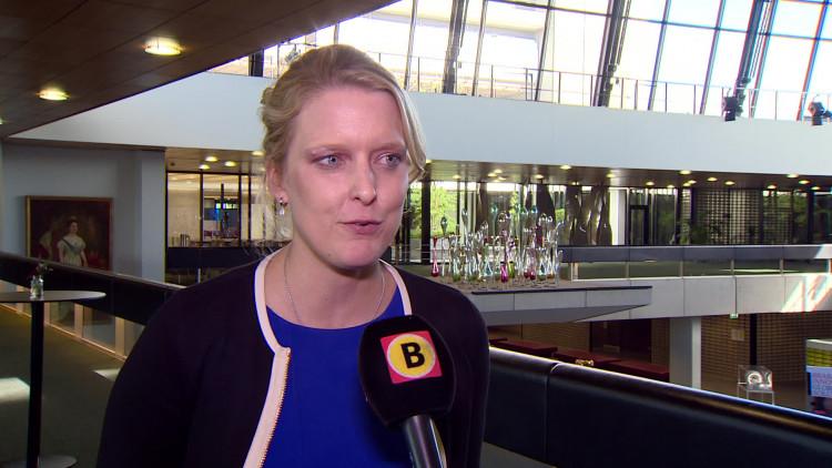 Marianne van der Sloot van het CDA en Maurice Spapens van de SP zijn tegen bezuinigingen op Omroep Brabant