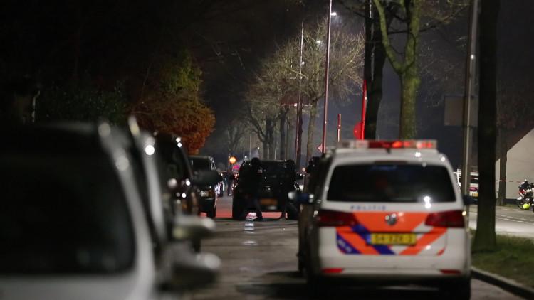 Arrestatieteam gaat huis van vuurwapengevaarlijke man in Dorst binnen, maar vindt niemand