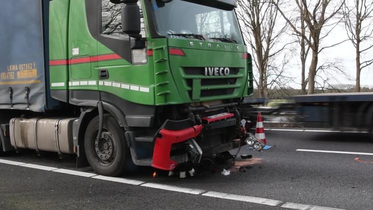 Kilometerslange file tussen Eindhoven en Venlo door ongeluk op A67 bij Lierop