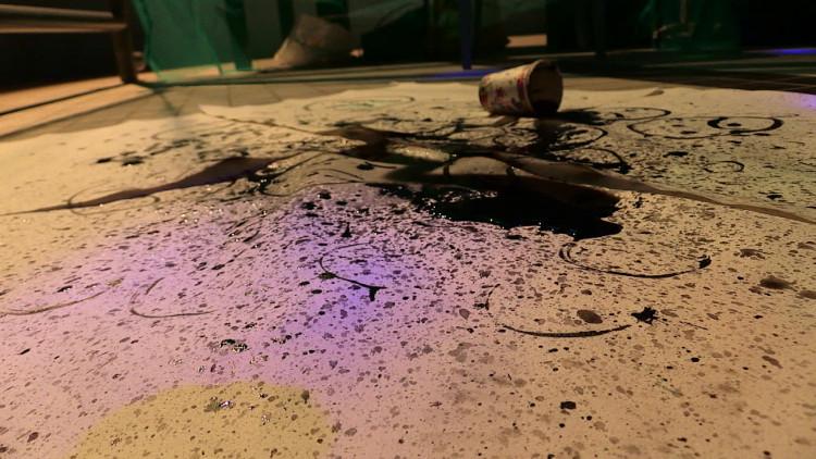 Hoe een profielwerkstuk over 'waanzin onder kunstenaars' van een vwo-leerlinge in een zwembad eindigde