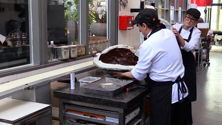 Tilburgse chocolatier maakt borstbeeld van Koning Willem-Alexander
