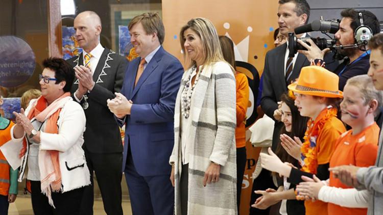 De aankomst van koning Willem-Alexander en koningin Máxima