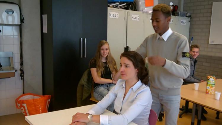 Scholier mag Marianne Vos 'knippen en scheren'