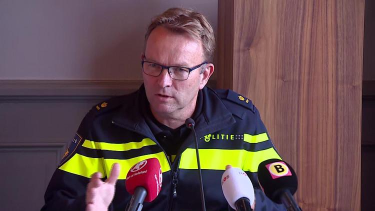Plaatsvervangend politiechef Jaco van Hoorn over de incidenten op Fort Oranje