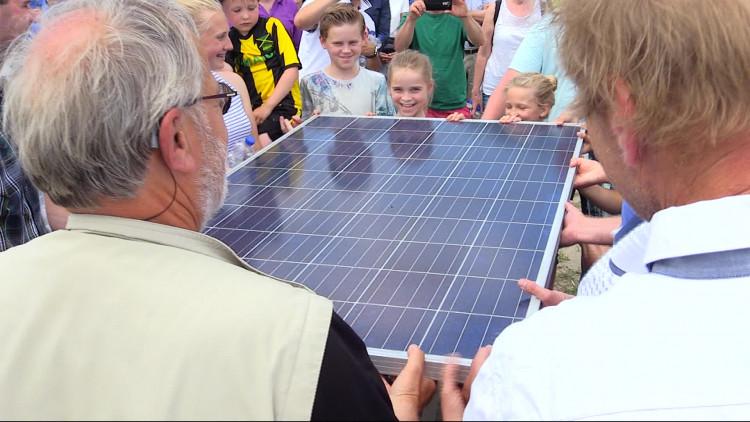 Grootste zonnepanelenpark van Nederland geopend in Breda