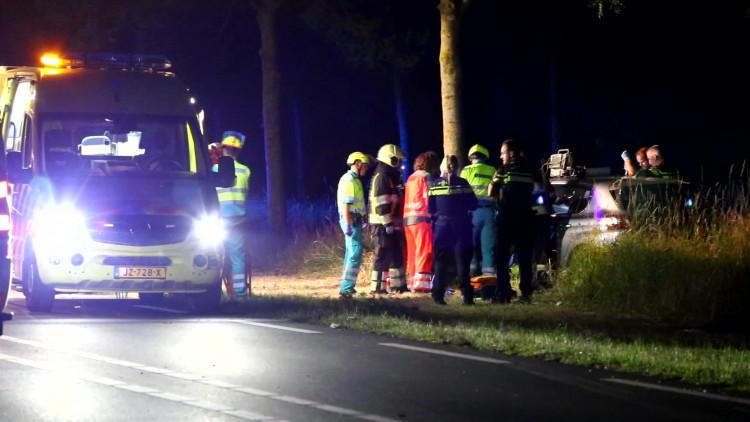 Vrouw in Schijndel raakt zwaargewond nadat ze met haar auto over gedropte keien reed