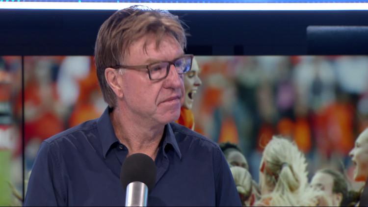 'Ik zou Obispo meteen naar de A-selectie overhevelen', Aad de Mos vindt dat PSV talenten sneller kans moet geven