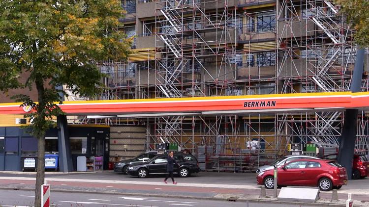 Balkons Beneluxflat Roosendaal maandenlang onbereikbaar