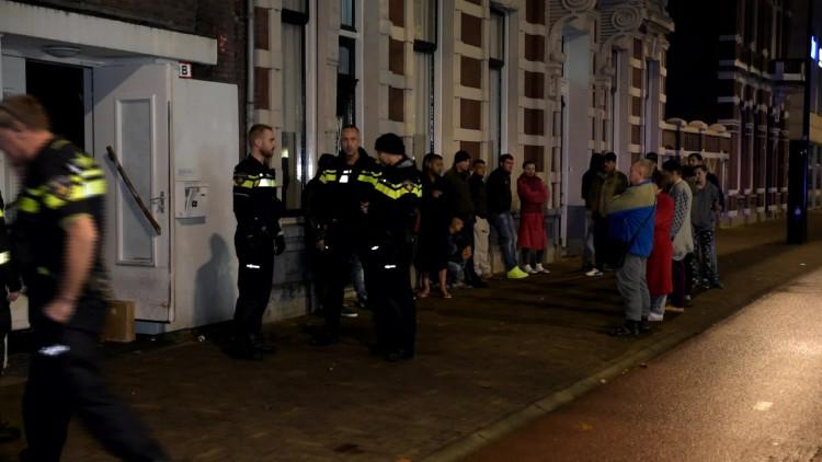 De bewoners van het hotel werden uit het hotel gehaald