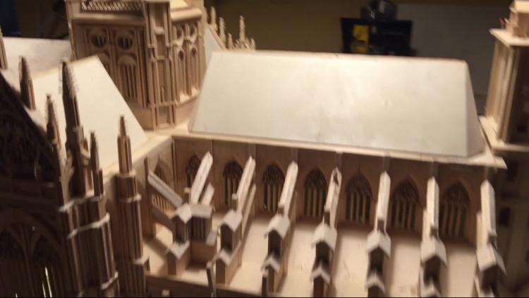 Riny van Hassel bouwde een replica van de Sint Jan