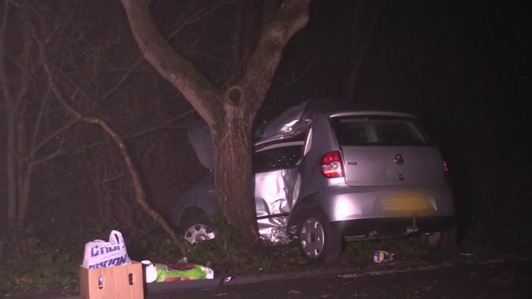 Man uit Wijk en Aalburg zwaargewond na ongeluk in Brakel (Gelderland)