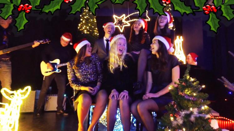 Altena College wil landelijke kersthit scoren