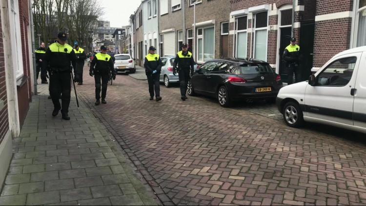 reizen vrouw zoenen in de buurt Tilburg