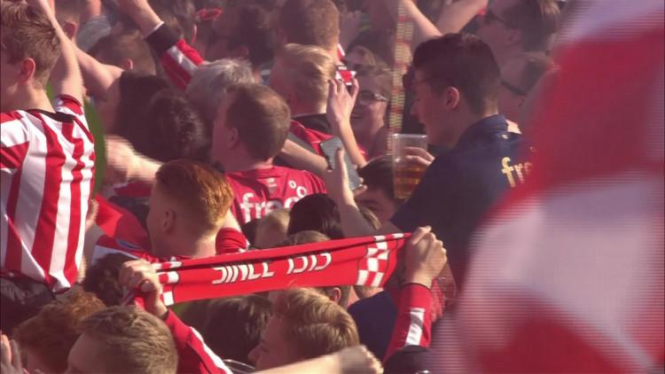 Feest PSV niet compleet zonder Brabant van Guus Meeuwis