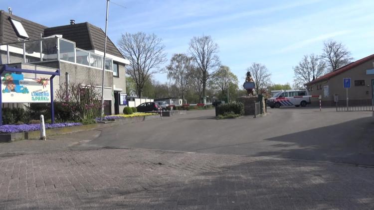 Politie valt binnen op vakantiepark in Molenschot in drugsonderzoek
