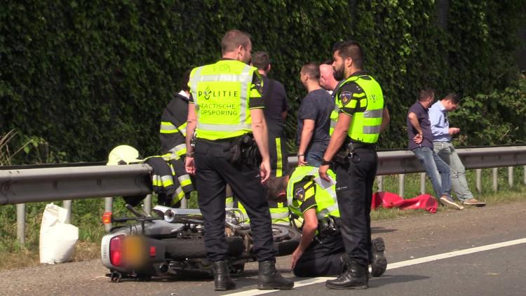 Motorrijder overleden bij ongeval op A59