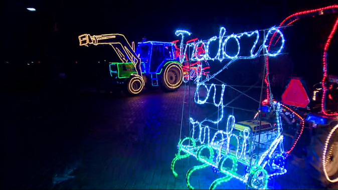 Tractorkunst: deze versierde trekkers zijn klaar voor de verlichte ...